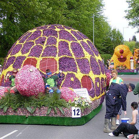 f0e18-spaldingflowerparade-scaled500